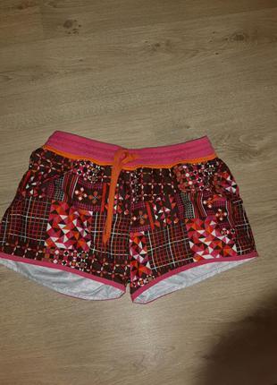 Новые женские шорты  м, l protest