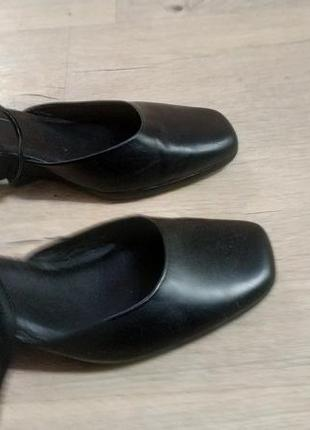 Туфлі clark 38