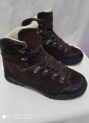 Кожаные трекинговые ботинки mammut gore-tex