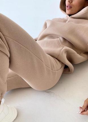 Женский спортивный костюм комплект худи с капюшоном штаны на флисе беж бежевый оверсайз oversize прогулочный