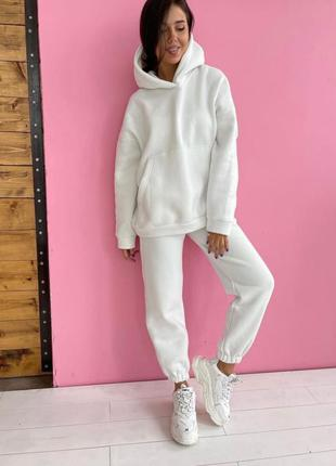 Женский спортивный костюм комплект худи с капюшоном штаны на флисе тёплый зимний белый молочный молоко