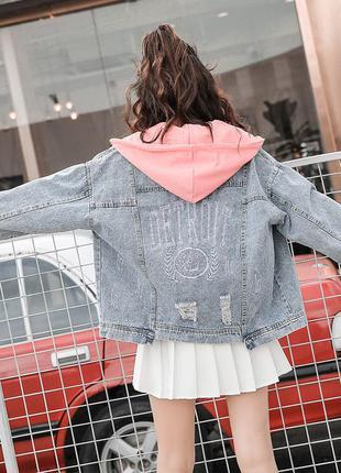 Джинсовая куртка. джинсовка. джинсовая курточка с капюшоном