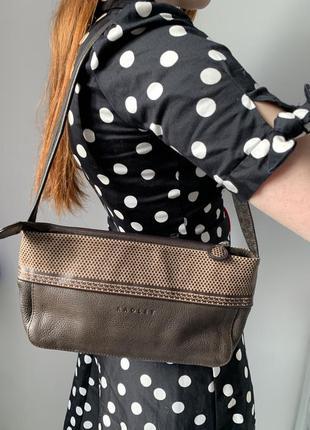 Кожаная сумка багет radley