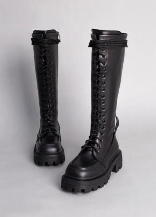 Сапоги женские кожаные черные с петелькой на заднике демисезонные