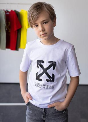 Модна дитяча футболка з принтом 10087