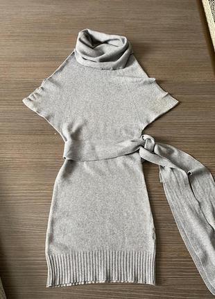 Оригинальное короткое платье осень/зима/весна rinascimento, производство италия, размер xs-s