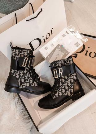 Сапоги черные кожаные d*or  размер 36-40