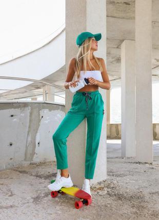 Арт: 9979_ зелені призібрані спортивні штани зі стрілками