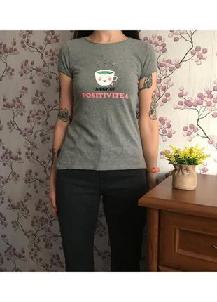 Стильная футболка серая. размер xxs
