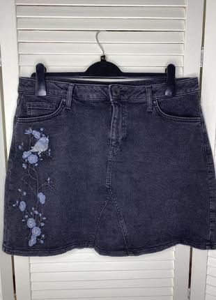 Джинсовая юбка с вышивкой от m&s(p.14/l/xl)