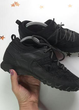 Крутые кроссовки skechers