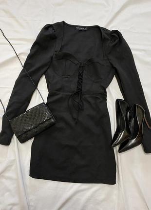 Невероятное чёрное платье plt