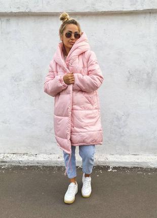 Тёплая объемная  курточка,  удлиненная куртка, курточка с капюшоном