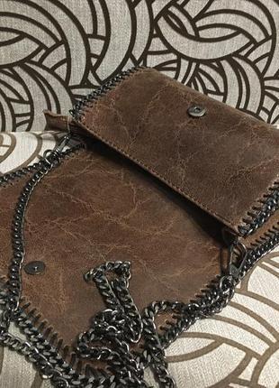 Аккуратная маленькая сумочка-клатч из натуральной кожи