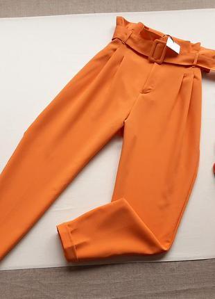 Штани трендові жовтогарячого кольору bershka