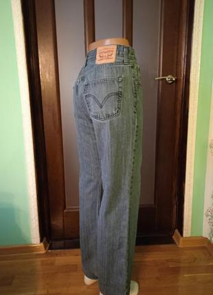 Качественные хлопковые джинсы levis 506.