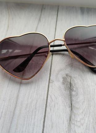 Очки солнцезащитные сердечки