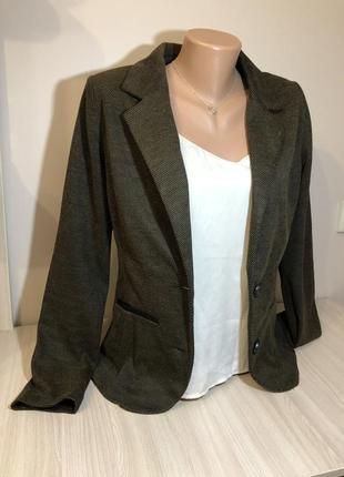 Тёплый пиджак жіночий піджак коричневий хакі hema l