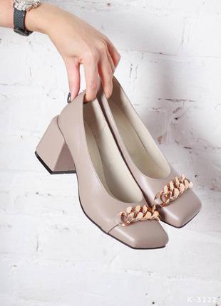 Натуральная кожа, шикарные женские стильные туфли с декором