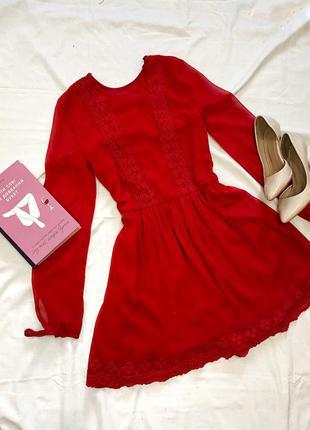 Красное шифоновое платье с кружевом❤️