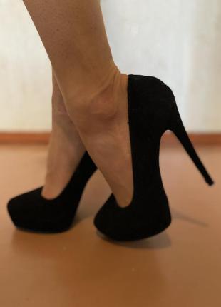 Женские туфли, замша