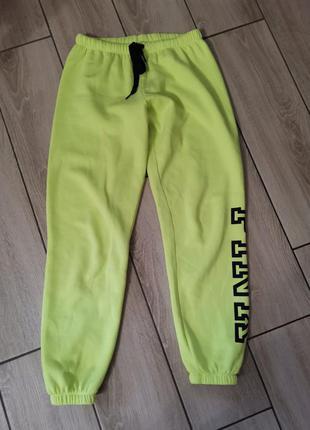 Спортивные штаны прогулочные утеплённые victoria's secret