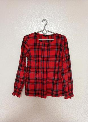 Рубашка в красную клетку