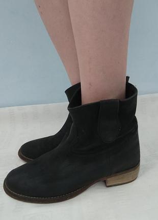 Кожаные ботинки tau page (испания), комфортные ботильоны, демисезон