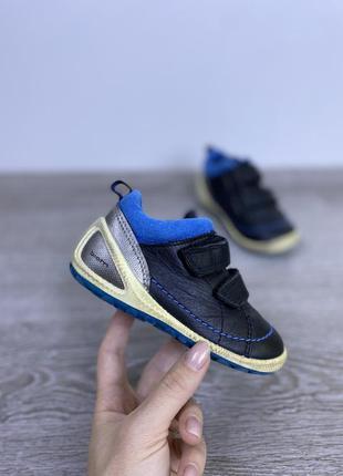 Качественные ботиночки на липучках ecco biom