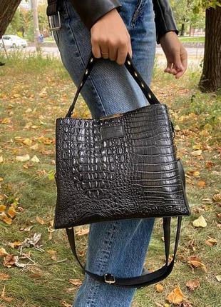 Женская сумка черная через плечо под рептилию, небольшая женская сумочка змеиная