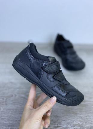 Качественные базовые кроссовки, start rite