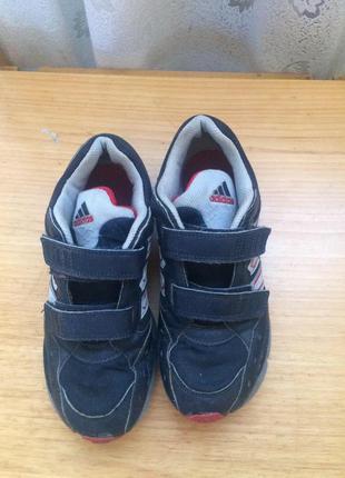 Дышащие кроссовки на липучках adidas ,оригинал