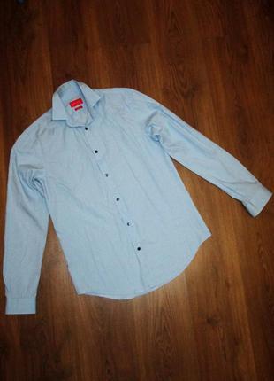 Мужская рубашка zara s slim fit. пог 48,5 см. в горошек