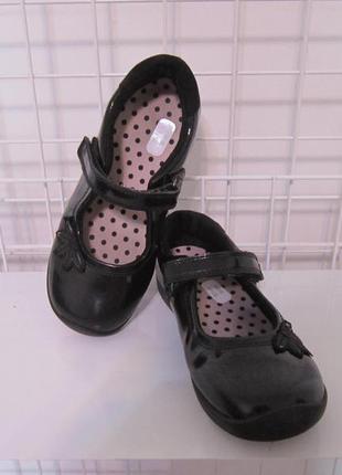 Туфлі marks & spencer р.13, стелька 21см