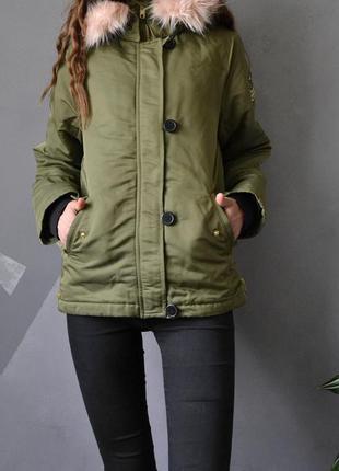 Новая парка с патчами h&m стильная куртка-парка с мехом