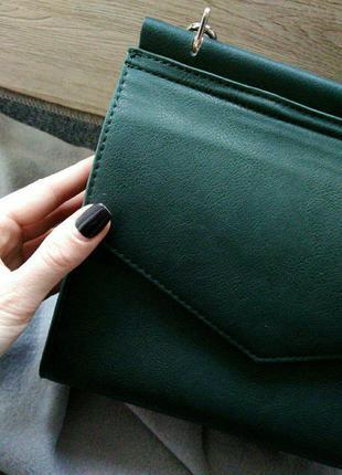 Стильная сумка изумрудного цвета 2в1
