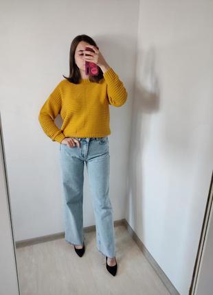 Женский жёлтый свитер кофта