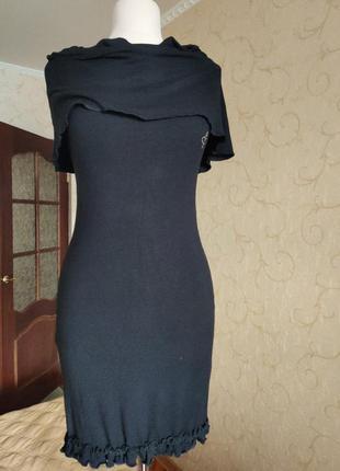 Чёрное трикотажное платье италия