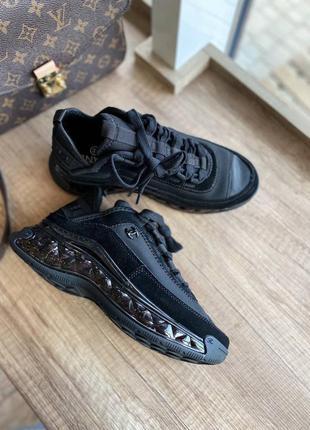 Стильные женские кроссовки демисезонные выполнены из текстиля в чёрном цвете