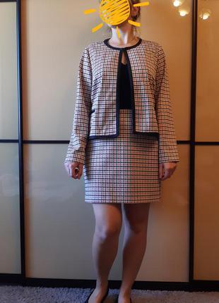 Актуальный костюм - пиджак и юбка в гусиную лапку большого размера marks&spencer