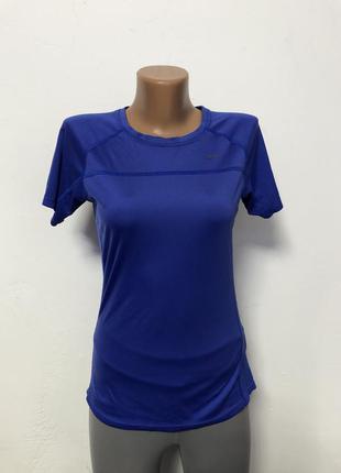 Жкнская тренировочная футболка nike синего цвета