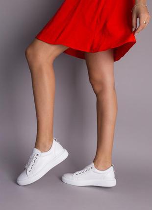 Кеды женские кожаные белые на белой подошве