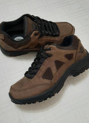 Wilderness / шикарные кожаные кроссовки, ботинки р. 38-39 (24,5 см) деми/зима/не промокают/германия