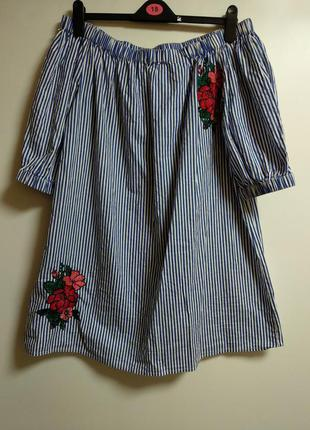Хлопковое платье в полоску открытые плечики с вышивкой 18/52-54 размера