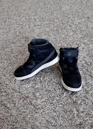Демісезонні ботинки, хайтопи puma 32 розміру.