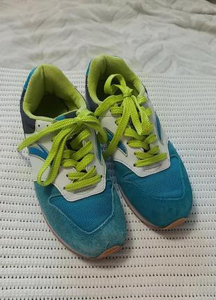 Классные удобные кроссовки anta