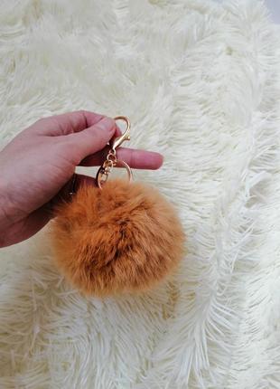 Подвеска брелок на ключи телефон сумку натуральный мех кролик цвета