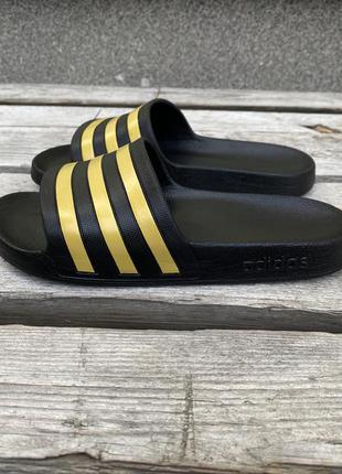 Оригинал стильные тапки adidas тапочки