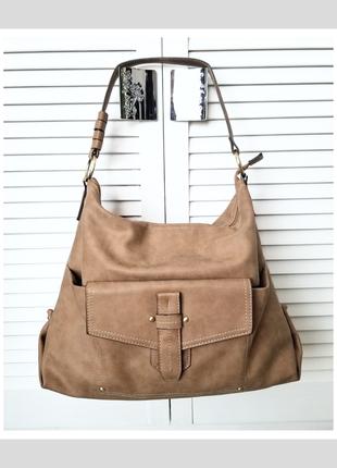 Вместительна стильная плечевая сумка хобо нюдовая женская сумка