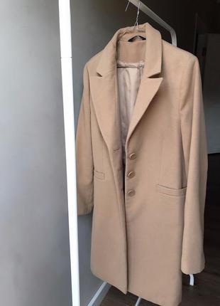 Бежевое тёплое пальто f&f
